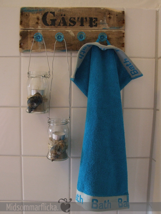 Selfmade Guest-towel rack « Midsommarflicka | So, it was weekend. And I was bored