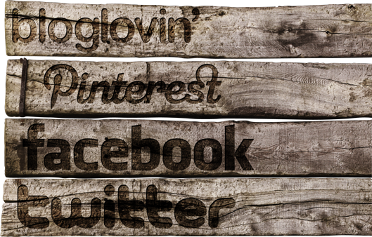 FREE wooden Social Media Icons « Midsommarflicka | So, it was weekend. And I was bored.