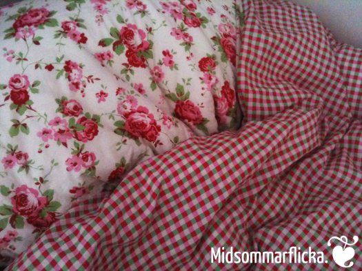 Rosali « Midsommarflicka | So, it was weekend. And I was bored.