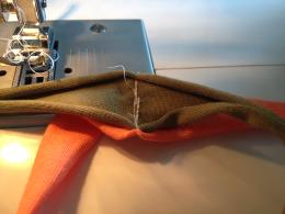 wristscarf-sewing1
